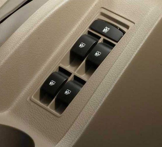 Automotive Mahindra Bolero Interior-13