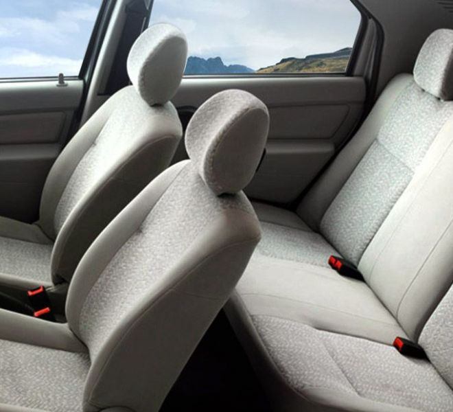 Automotive Mahindra Verito Interior-8
