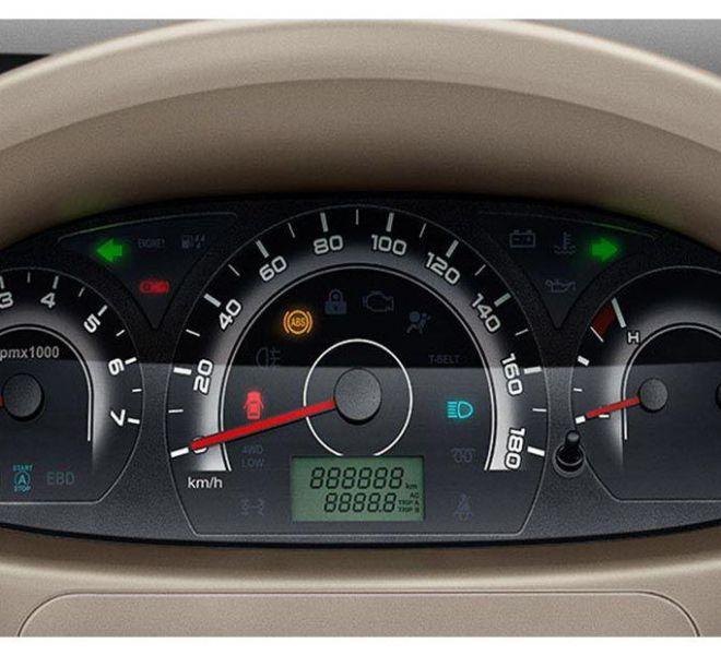 Automotive Mahindra Xylo Interior-3