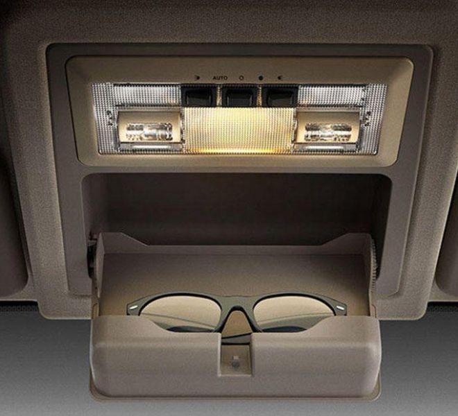 Automotive Mahindra Xylo Interior-8