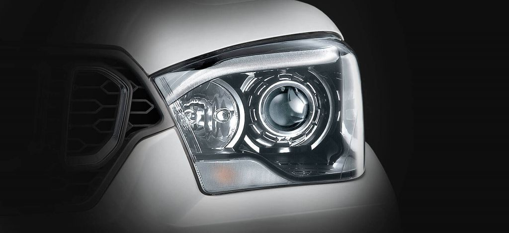 Automotive-Mahindra-Scorpio-Advanced-Static-Bending-Technology
