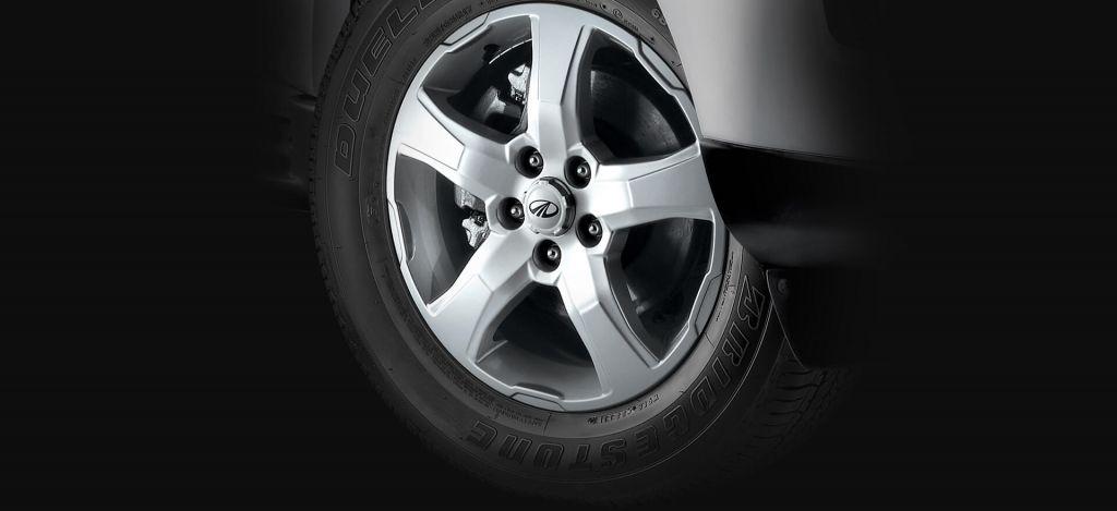 Automotive-Mahindra-Scorpio-Alloy-Wheel