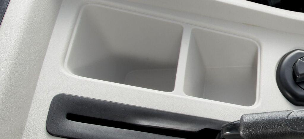 Automotive-Mahindra-Scorpio-Storage-Spaces